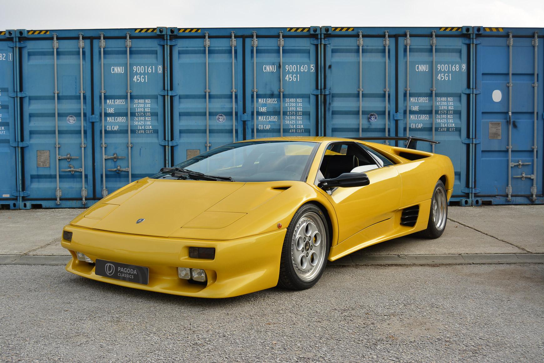Lamborghini Diablo 1994 Pagoda Classics