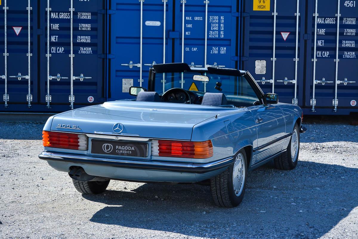 Mercedes-Benz 300 SL 1985 | Pagoda Classics I 42.000 | 1200 x 800 jpeg 260kB